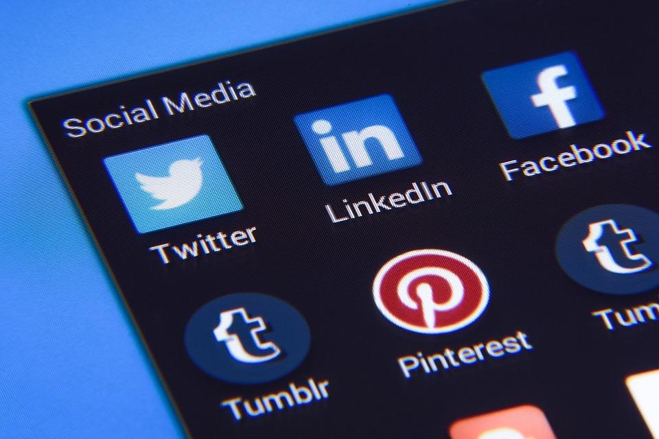 social media_contro pedofilia