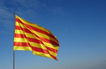 flag-2123796_960_720