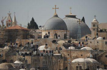 800px-Gerusalemme_pietre_della_memoria