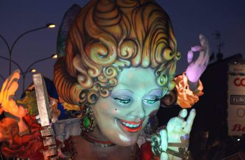 Carnevale Civitonico carri