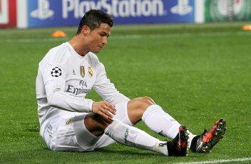 800px-Cristiano_Ronaldo_(35480124482)